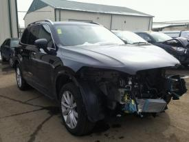 Salvage Volvo XC90